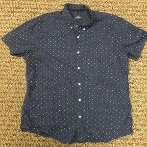 American eagle short sleeved shirt